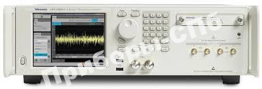 AWG70001A - генератор сигналов произвольной формы