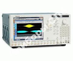 AWG7082C - генератор сигналов произвольной формы
